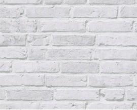Tapeta na flizelinie niemieckiej firmy A.S. Creation z kolekcji Cocktail 2. Wzór idealnie imituje klasyczny, ceglany mur pomalowany lekko szarą farbą o bardzo przyjemnym ciepłym kolorze.